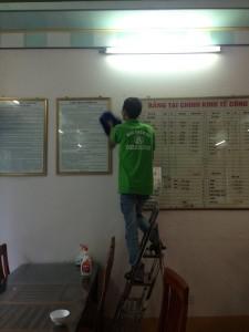 Dịch-vụ-vệ-sinh-công-nghiệp-tại-hạ-long-MTV-Khesim-4